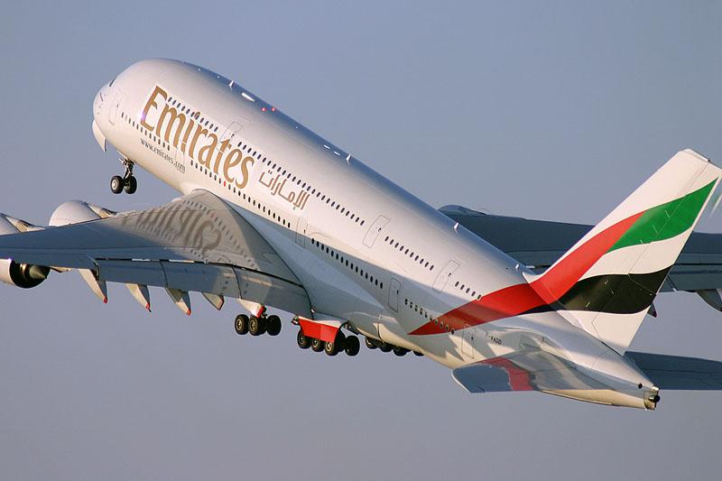 Emirates volta a recrutar no mês de Março em Lisboa e Faro