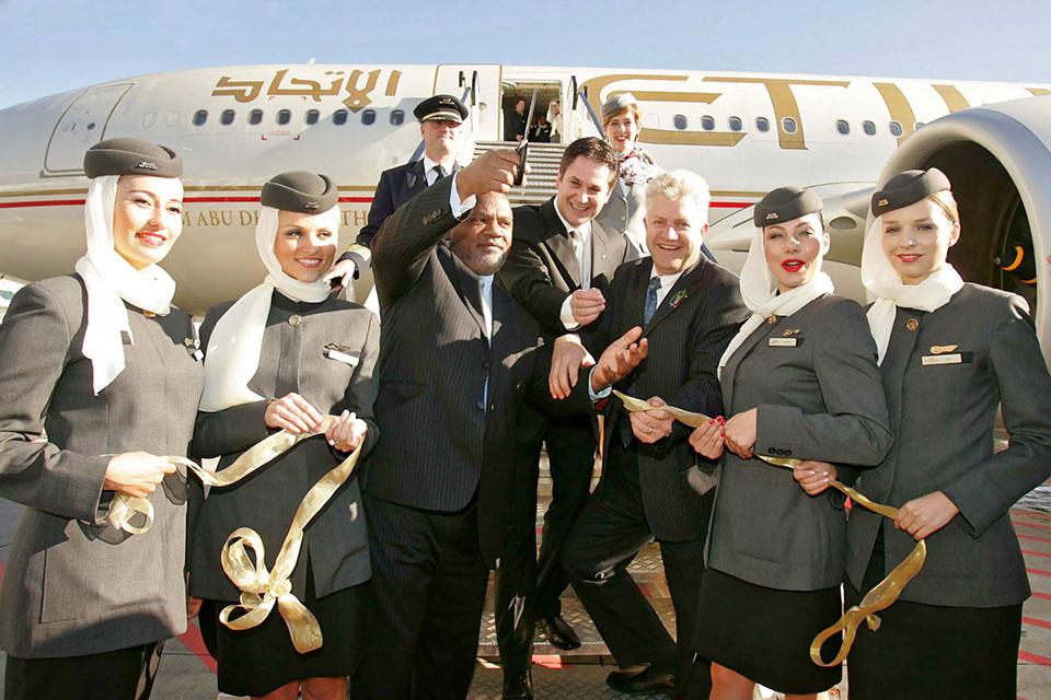 Etihad Airways recruta tripulantes de cabine em Portugal