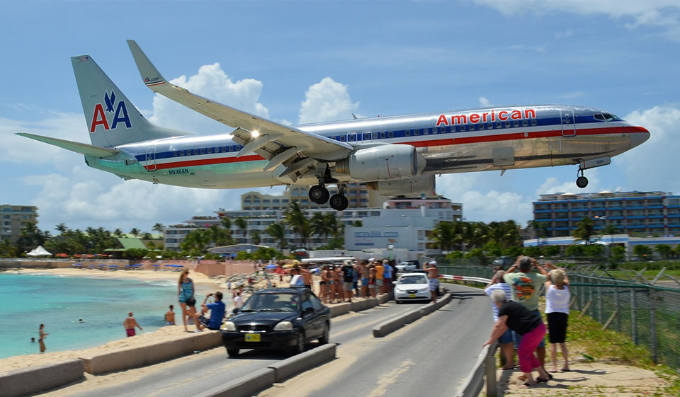 American Airlines está a recrutar fluentes em português